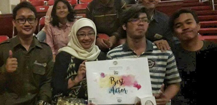 Yostheatra Putra Alam, best actor Renoviesta Teater Mata Angin