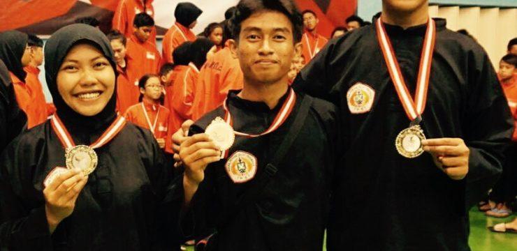 Jawara Pencak Silat Fakultas Perikanan Dan Kelautan UNAIR Kembali Sumbang Medali di Singapore Open
