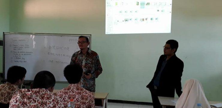 Roadshow Fakultas Perikanan dan Kelautan Universitas Airlangga di SMA wilayah Sidoarjo, Batu dan Blitar