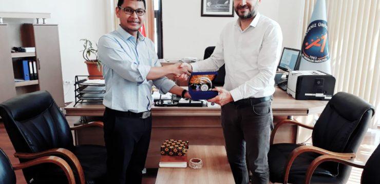 Kisah singkat Muhamad Nur Ghoyatul Amin, penerima beasiswa program pertukaran MEVLANA di Akdeniz Universitesi, Antalya, Turki