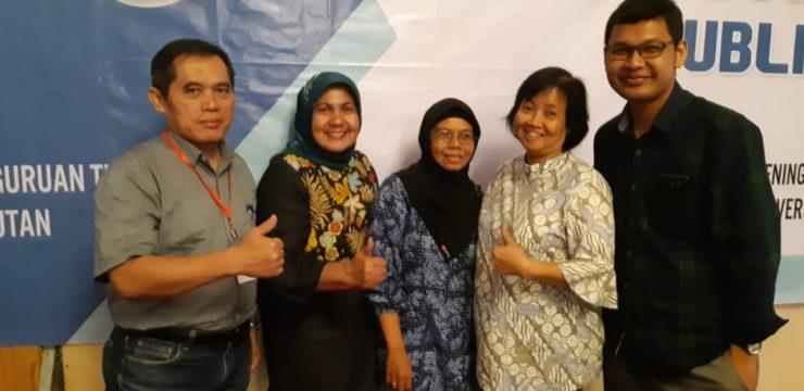 Delegasi Coaching Clinics Fakultas Perikanan Dan Kelautan Dalam Kegiatan Forum Pimpinan Perguruan Tinggi Perikanan Dan Kelautan Indonesia (FP2TPKI) di Banjarbaru
