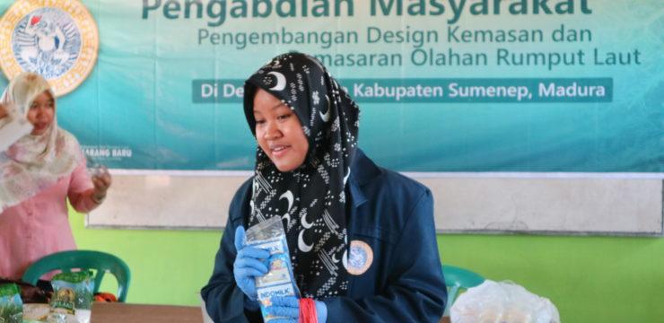 Aplikasikan Hasil Penelitian, Mahasiswa FPK UNAIR Ajarkan Membuat Es Cream Rumput Laut Kepada  Siswa/Siswi SMK Perikanan Nasyrul Ulum Aeng Dake