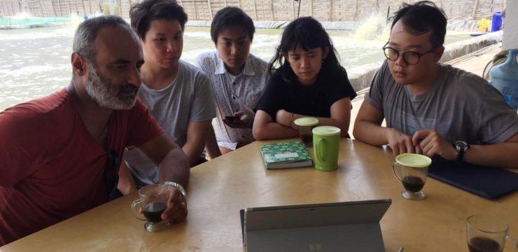 Kunjungan Lapang Mr. Tuker Bodur ke Tambak Udang