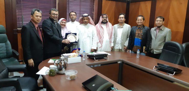 University Branding & International Guest Lectures untuk Memperkuat Kolaborasi Fakultas Perikanan dan Kelautan  UNAIR dengan King Abdul Aziz University, Kingdom of Saudi Arabia